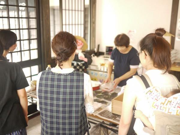農家で女子会「新米で押し寿司を作ろう」