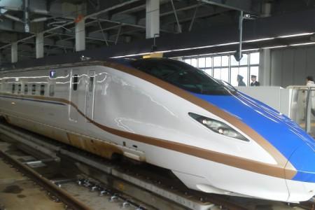 北陸新幹線-450x300