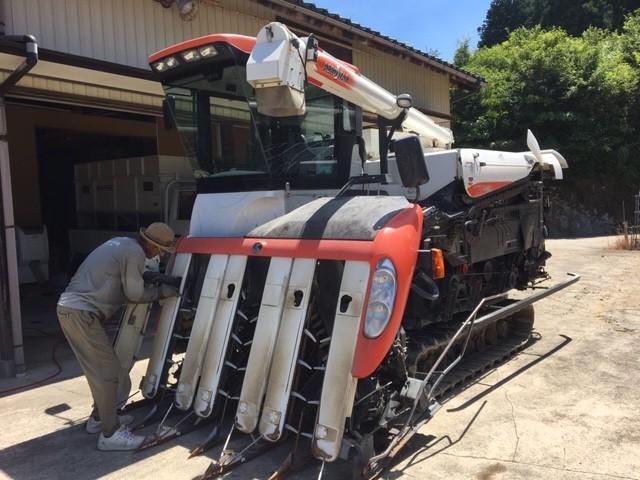 稲刈り 準備 コンバイン